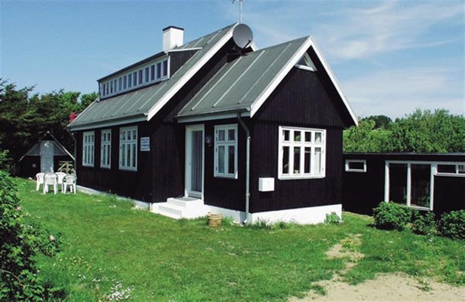 Sommerhus til 8 personer ved Helgenæs