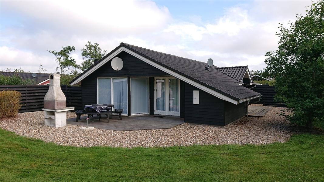 Sommerhus til 8 personer ved Skaven Strand