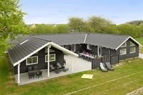 Sommerhus til 20 personer ved Lohals