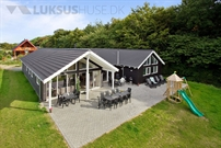 Sommerhus til 18 personer ved Lohals