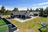 Sommerhus til 24 personer ved Blåvand