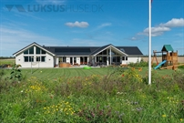 Sommerhus til 20 personer ved Hostrup Strand