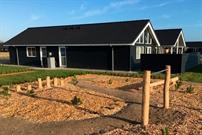 Sommerhus til 18 personer ved Houstrup Strand