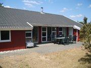 Sommerhus til 12 personer ved Houstrup