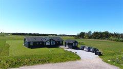 Sommerhus til 8 personer ved Nr. Lyngby